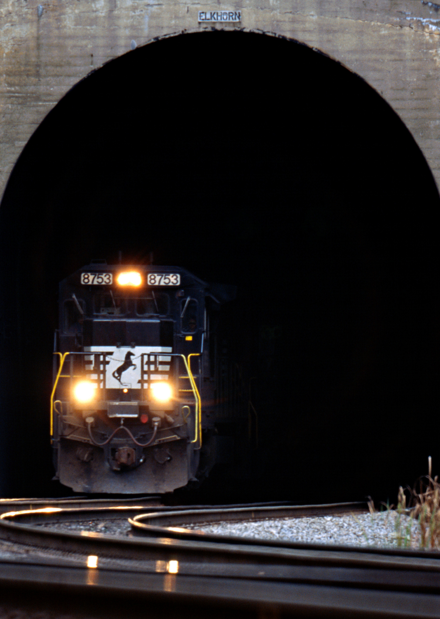 Photos & Sounds | Norfolk Southern – The Thoroughbred of ...